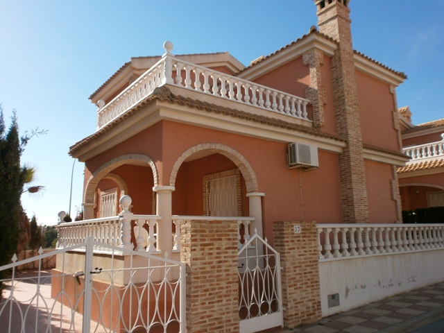 Resale - Villa - Playa Flamenca