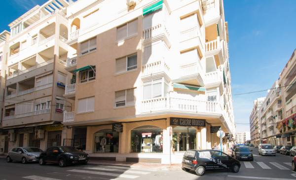 Appartement - Resale - Torrevieja - Habaneras