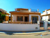 Resale - Villa - Los Montesinos